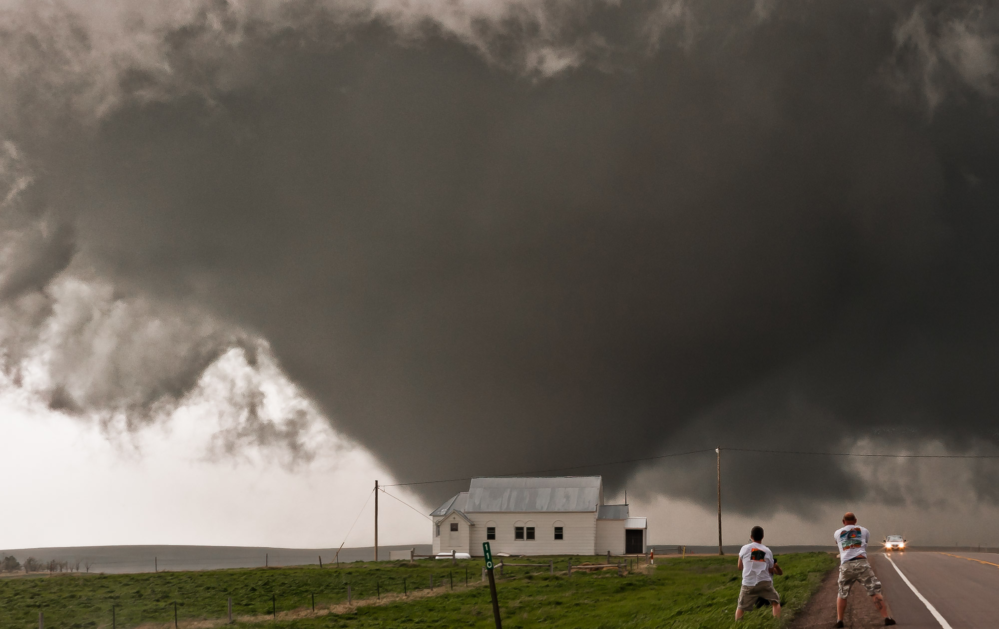 Tornado near Plainview, South Dakota