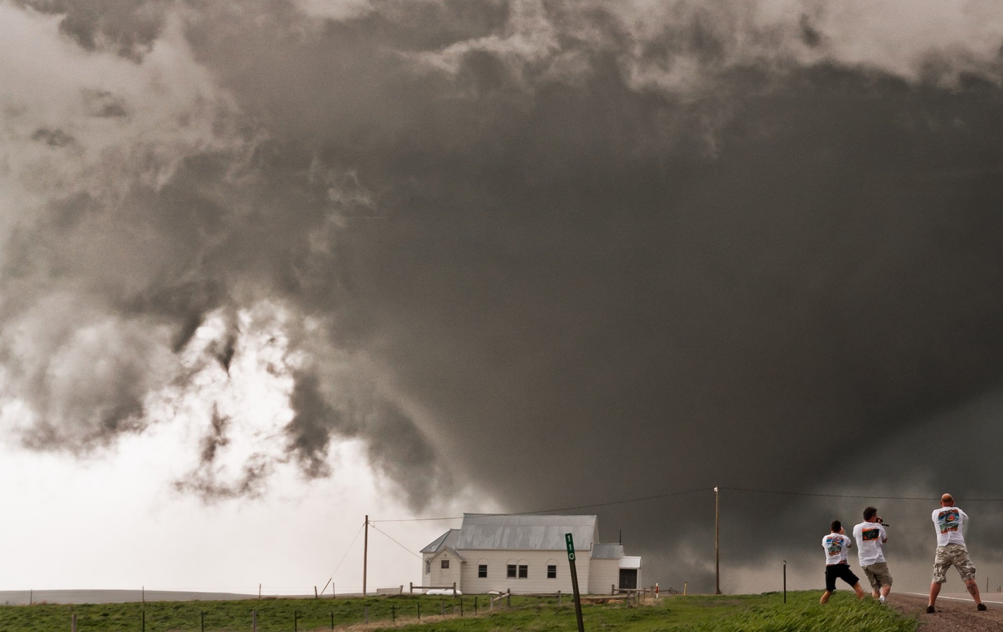 Tornado crossing road near Plainview, South Dakota