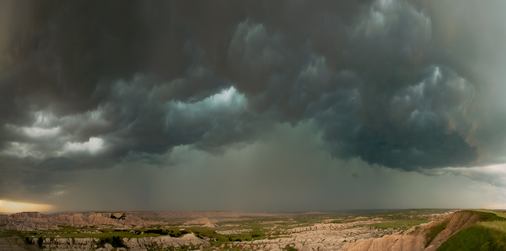 Squall line - Badlands National Park, South Dakota